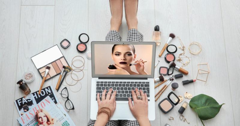 مجوز ترخیص محصولات آرایشی و بهداشتی
