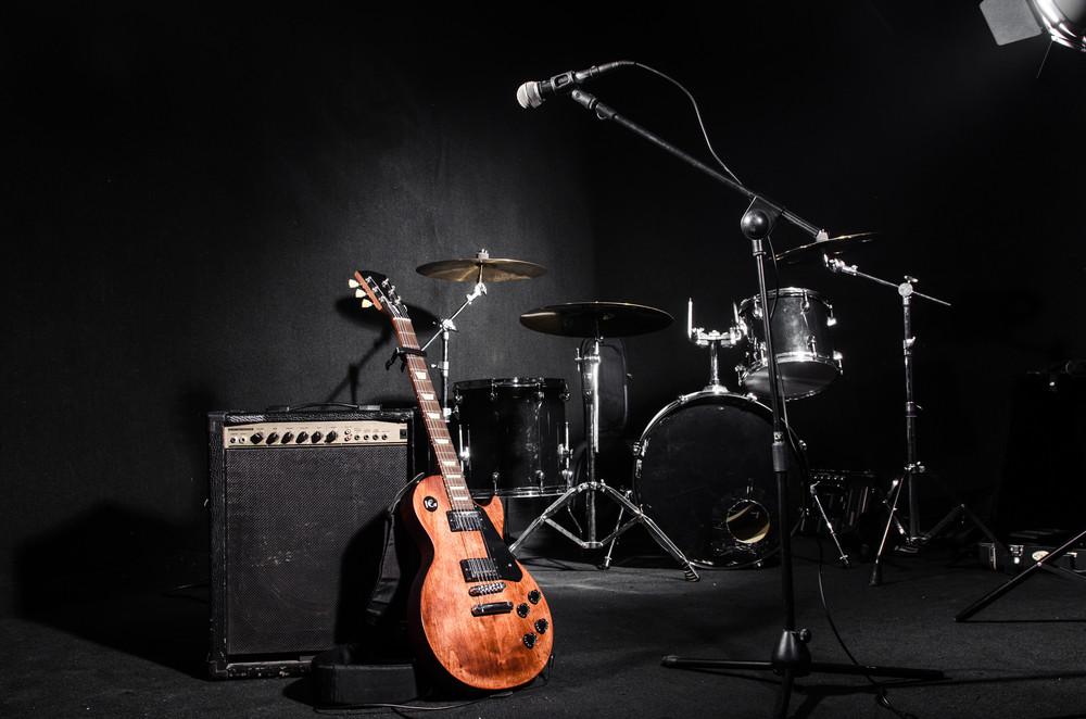 مجوز تولید ، انتشار و اجرای آثار موسیقائی
